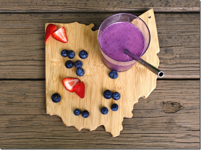 Red White Blueberry Smoothie2